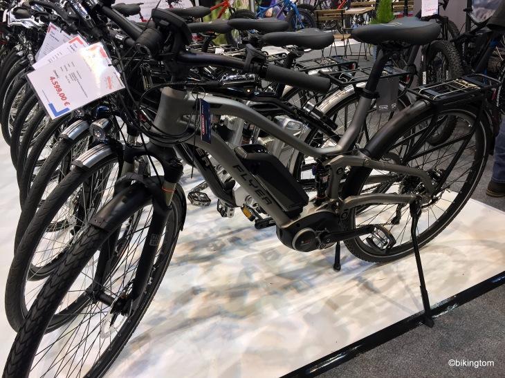 ...und formschöne E-Bikes der TX-Serie von Flyer - mit stolzem Preis!
