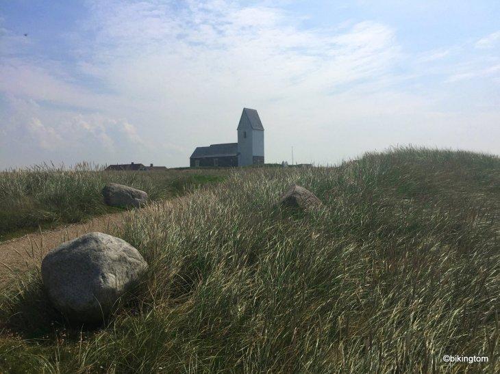 bikingtom am Nordsseküstenradweg in Dänemark, an der Trans Kirke